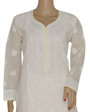 Close up image of Chikankari kurta
