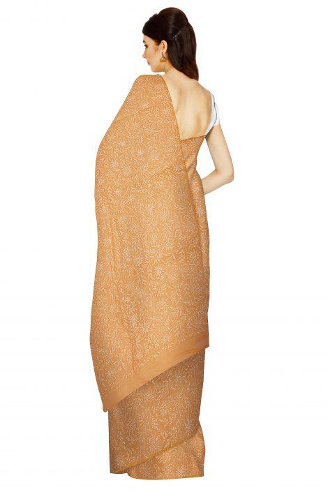 back image of chikankari saree